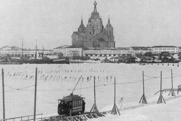Ледовый трамвай в Нижнем Новгороде