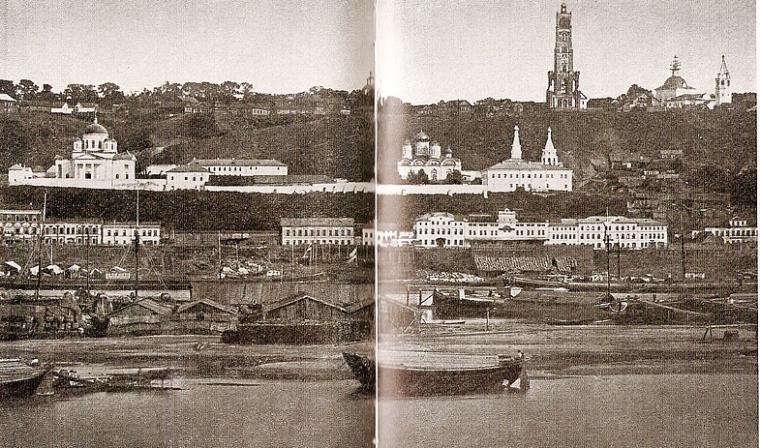 Благовещенский монастырь и Муравьёвская башня.